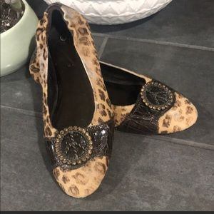 Donald J Pliner Leopard Ballerina Style Flats Sz 8